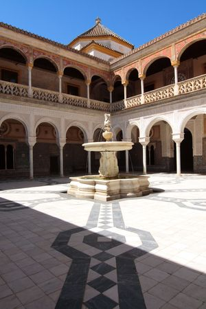 The interior patio of an Andalousian palace in Sevilla, Spain