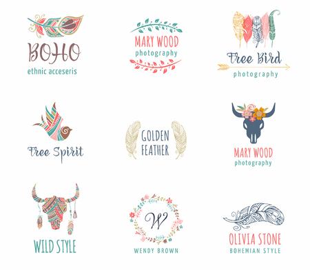 Bohemien, tribale, etnische icon set met veren, vogel en bloem krans Vector Illustratie