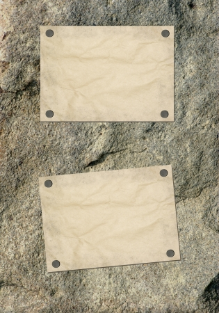 Note paper and paper clip on wooden background Stock Photo - 22321793