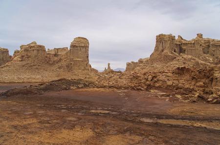 Extraterrestrial landscape. Bizarre land formations. Giant pillars of salt. Salt canyon near volcano Dallol. Hottest place on Earth. Ethiopia, Danakil Depression (Afar Triangle or Afar Depression) Stok Fotoğraf