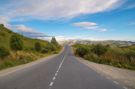 Gombori Pass in the Caucasus Mountains. Autumn evening. Empty road. Nature and travel. Georgia, Kakheti region Stok Fotoğraf