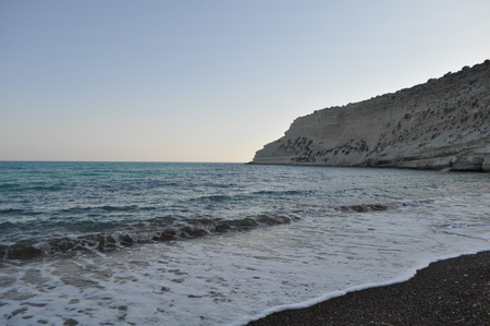 The beautiful Fossil Beach Limassol in Cyprus Imagens - 107154197