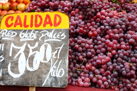 valparaiso: Red grapes at the local market in Valparaiso, Chile.  Stock Photo