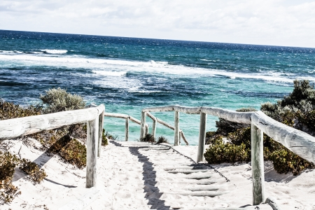 byron: Scenic view over one of the beaches of Rottnest island  ( HDR image )