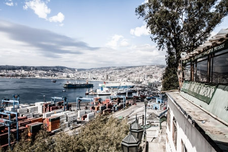Panoramic view on Valparaiso, Chile, UNESCO World Heritage. ( HDR image ) Stock Photo - 17713844