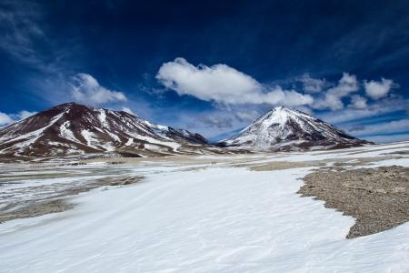 altiplano: Desert and mountain on Altiplano,Bolivia