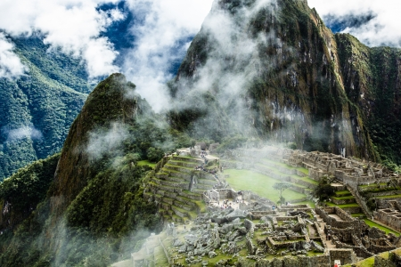 urubamba valley: Machu Picchu, the ancient Inca city in the Andes, Peru