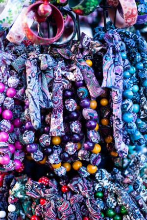 zakopane: Colorful beads according to the art of contemporary mountaineers from Zakopane