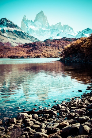 glaciares: Beautiful nature landscape with Mt. Fitz Roy as seen in Los Glaciares National Park, Patagonia, Argentina