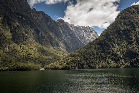 milford: Milford Sound, Fiordland, New Zealand.