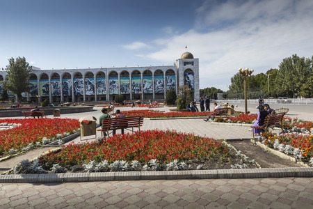 kyrgyz republic: BISHKEK, KYRGYZSTAN - SEPTEMBER 27, 2015: Ala-Too Square. Bishkek formerly Frunze, is the capital and the largest city of the Kyrgyz Republic. population - 900,000 people