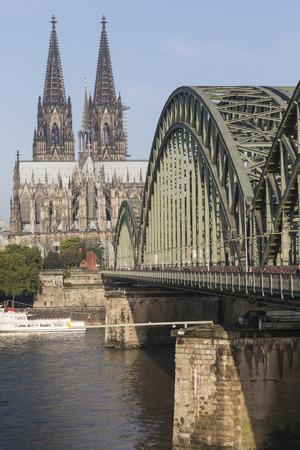 Cathedral and Hohenzollern Bridge - Cologne, Germany Reklamní fotografie