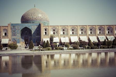 isfahan: ISFAHAN, IRAN - OCTOBER 06, 2016: Sheikh Lotfollah Mosque at Naqhsh-e Jahan Square in Isfahan, Iran Editorial