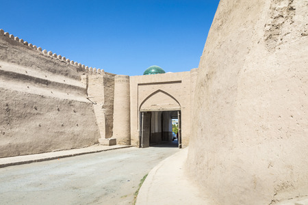 City walls of the ancient city of Khiva.  Uzbekistan, Central Asia. 스톡 콘텐츠