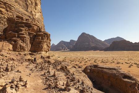 Wadi Rum Red Desert, Jordan, Middle East. Standard-Bild - 124316572