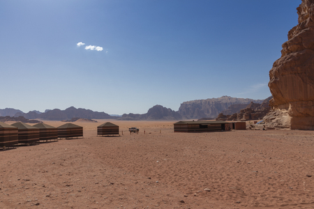 Bedouin's desert camp, Wadi Rum desert in Jordan, Middle East. Standard-Bild - 124316427