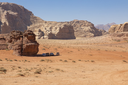 Panoramic view of the Wadi Rum desert, Jordan. Blue sky at summer time. Standard-Bild - 124316432