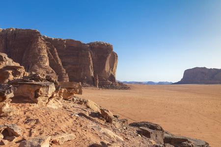 Wadi Rum Red Desert, Jordan, Middle East. Standard-Bild - 124316437