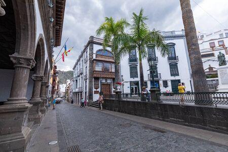 Old baroque chuch of Iglesia El Salvador in the center of Santa Cruz De La Palma. Canary Islands, Spain. Banco de Imagens