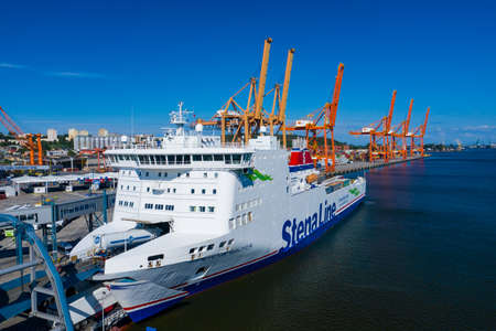 Gdynia Port Aerial View. Stena Line ferry at Baltic Container Terminal in Gdynia Harbour from Above. Pomeranian Voivodeship, Poland. 新聞圖片