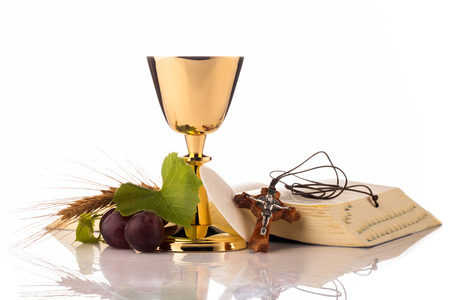 holy communion chalice isolated on white Foto de archivo