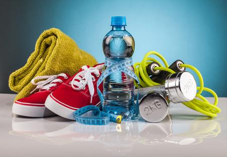 피트니스 장비 및 건강 식품 조성물 스톡 콘텐츠