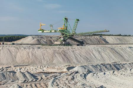 mining: Vista aérea de la mina de carbón en Polonia