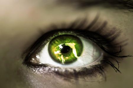 eye green: ni�as ojo verde de cerca. Macro
