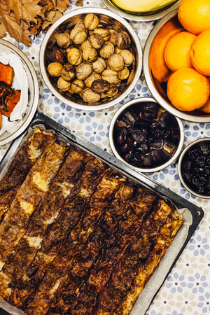 크리스마스 이브의 테이블에 정통 기독교 음식