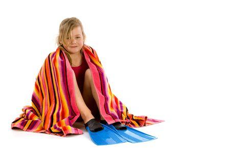 flippers: Chica envuelta en una toalla con su sesi�n de aletas
