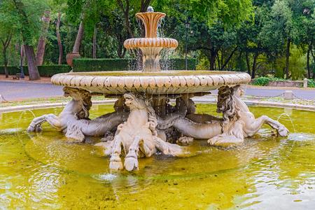 villa borghese: Roman fountain in Villa Borghese, Italy