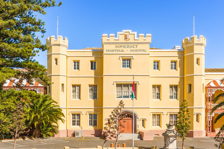 green been: Cape Town, South Africa - May 11, 2015: The Somerset Hospital in the Green Point area of Cape Town, South Africa opened in 1864 and has been declared a provincial heritage site.