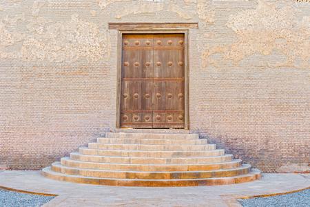 ibn: Doorway at Ibn Tulun Oldest Mosque in Cairo