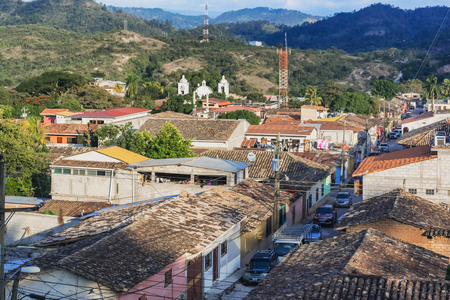 Gracias, Honduras - November 29, 2016: Aerial vie with mountains at the background at town of Gracias in Honduras. Redactioneel