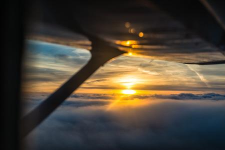 비행기에서의 일몰