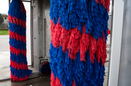 brush in: Car wash brush in red and blue