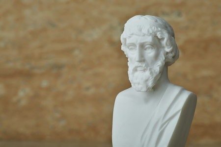 古代ギリシャの哲学者プラトンの像。
