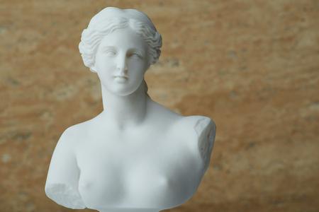 アフロディーテ、美しさの古代ギリシャの神の像。