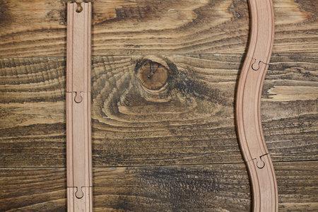wooden railroad toy on table. Standard-Bild - 161619098
