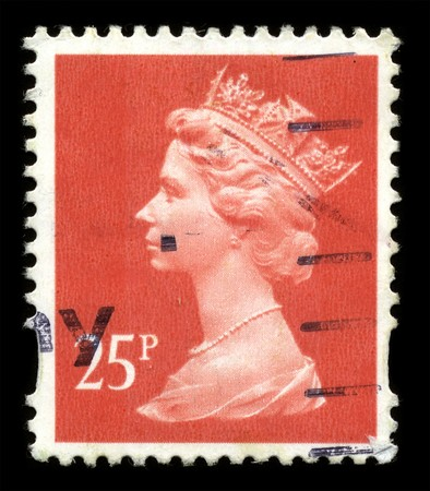queen elizabeth: UNITED KINGDOM - CIRCA 1973: An English Used First Class Postage Stamp showing Portrait of Queen Elizabeth in red circa 1973.