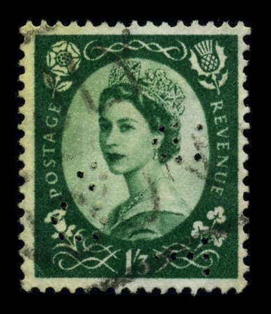 UNITED KINGDOM - CIRCA 1960: An English Used First Class Postage Stamp showing Portrait of Queen Elizabeth in green, circa 1960. Stock Photo - 8194297