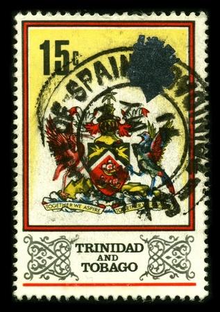 would: TRINIDAD E TOBAGO - CIRCA 1980: Un francobollo dedicato a The Coat of Arms di Trinidad e Tobago � stato progettato da un comitato costituito nel 1962 per selezionare i simboli che sarebbero il rappresentante del popolo di Trinidad e Tobago, circa 1980.