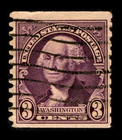 george washington: Estados Unidos - hacia 1930: Un sello imprimido en Estados Unidos muestra retrato Presidente George Washington, hacia 1930.