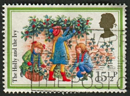 mediaval: UK - CIRCA 1982: A stamp printed in UK shows image of The Holly and the Ivy, circa 1982.  Editorial