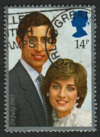 lady diana: UK - CIRCA 1981: A stamp printed in UK shows image of the Prince Charles and lady Diana Spencer, circa 1981.