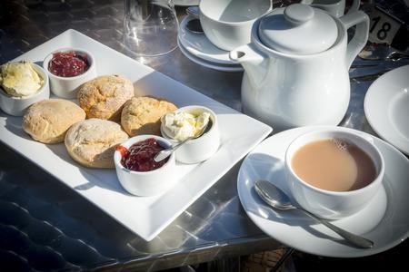 typically english: Cream tea