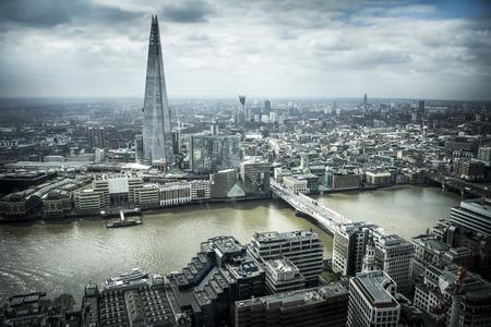 aerial: Paisaje urbano de Londres