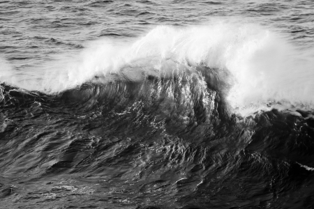 Breaking wave mono