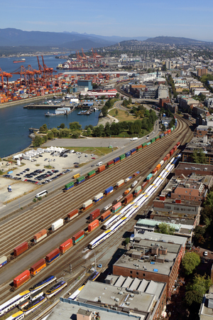 Downtown Vancouver, British Columbia, Canada, looking toward docks and railway. Standard-Bild - 105960815