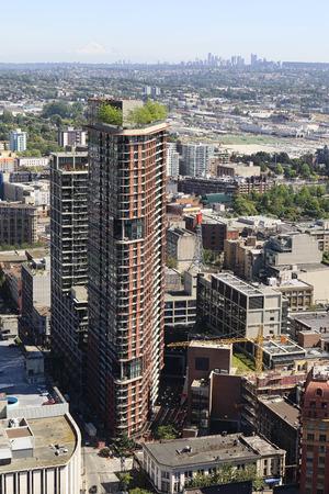 Downtown Vancouver, British Columbia, Canada, looking towards Richmond. Standard-Bild - 105960823